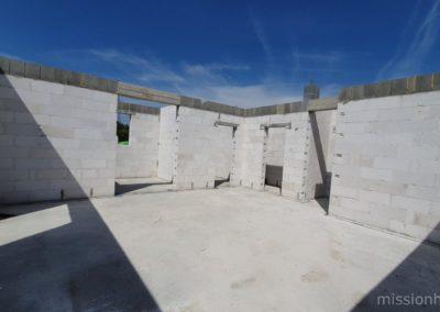 12 ściany nośne parteru